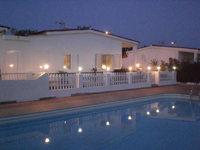Evening Time in the complex - Los Valles II, Playa del Ingles, Gran Canaria